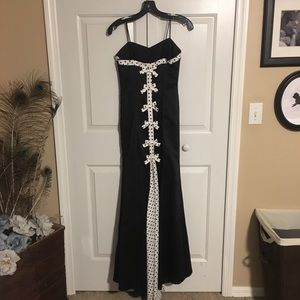 Formal Dress with polka dot and now details